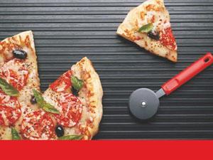 modele flyere pliante pizzerie, pizza, livrare rapida, fast food